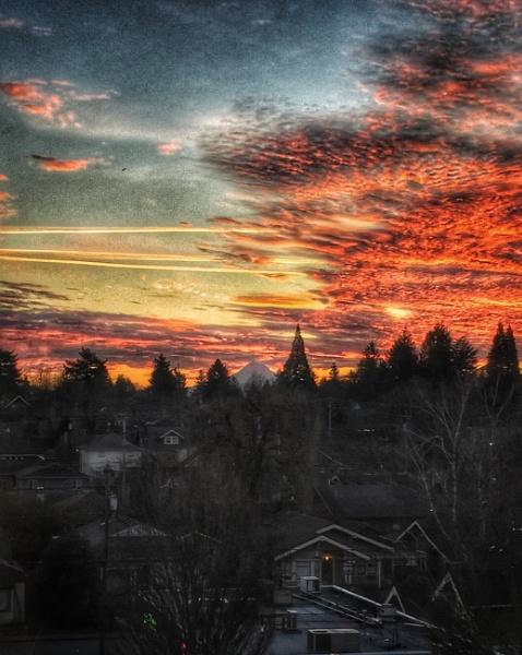 1st 2018 Sunrise Portland, Oregon by knottone1