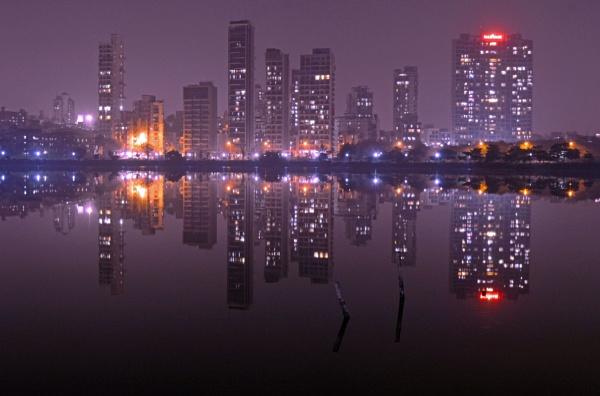 City mirror by kingmukherjee