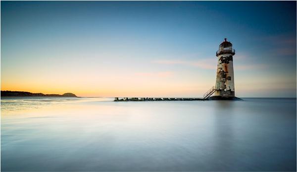 On the receding tide... by sherlob