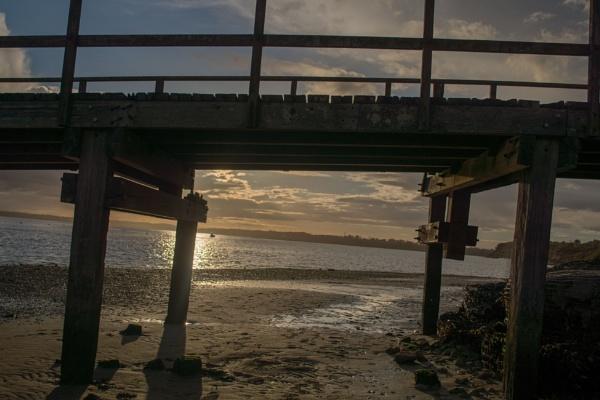 Under the bridge by Ian01
