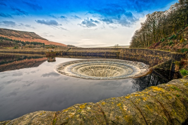 The Plughole At Ladybower by mmart