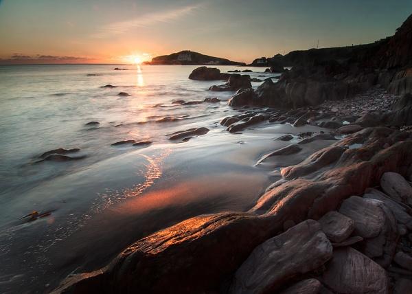 Burgh Island Rocks by ilocke