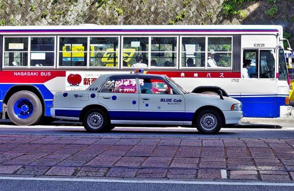 JAPAN - BLUE Cab  &  BUS by PentaxBro