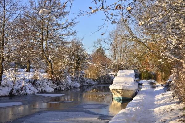 Winter mooring by dven