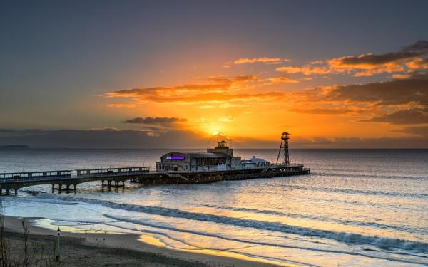 Bournemouth Pier Sunrise by NickLucas