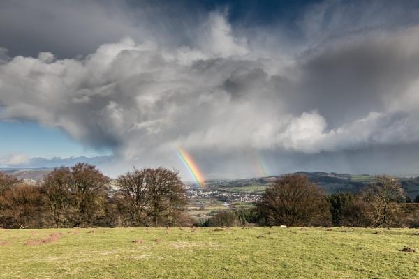 rainbow rising by brrttpaul