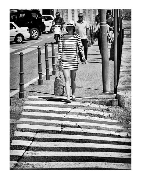 Stripes ... by woodlark