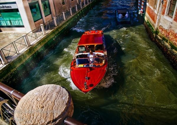 Venice by Sambomma