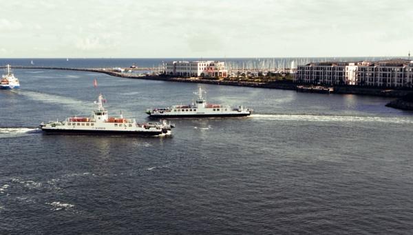 Crossing Ferries by voyger1010