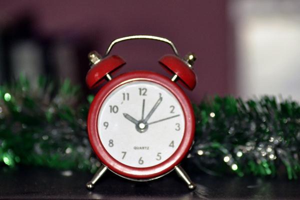 alarm clock by Laslo