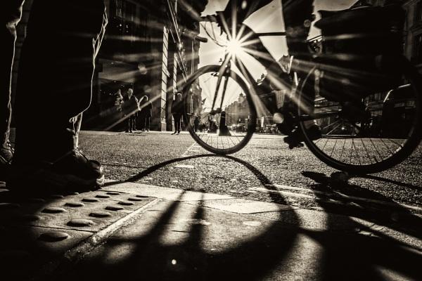 london streets by mogobiker