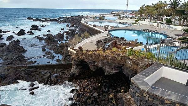 Coastal Pools by PhotoHeritage