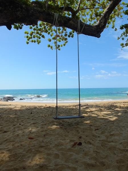 Swing Low .... Kwao Lak Thailand by patrickmcnally