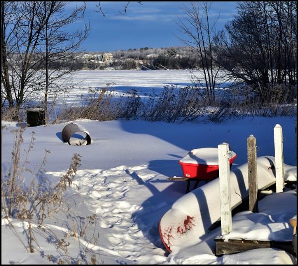 A crisp winter morning by djh698