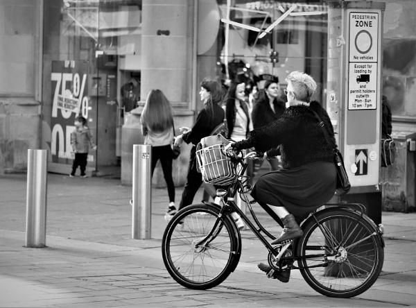 Pedestrian Zone. by zerolimits