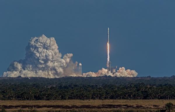 SpaceX Falcon Heavy by DBoardman