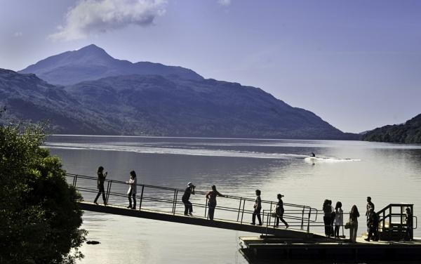 Tourists - Loch Lomond by munroman
