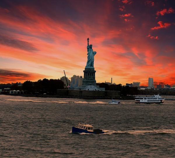 Liberty  at sunset by yosemite
