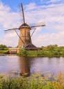 Kinderdijke Windmill by RobertTurley