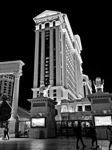 Caesars Palace by waltknox