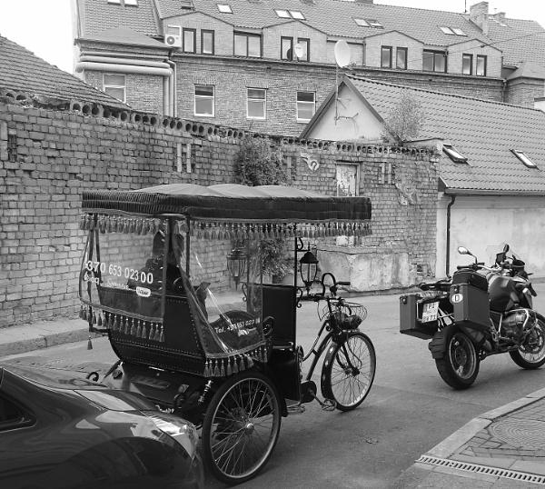 Rickshaw, auto, velo, moto by Kabrielle