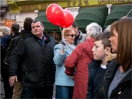Bloke Avoids Balloons