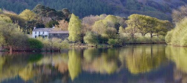 Derwent Morn by Albooth
