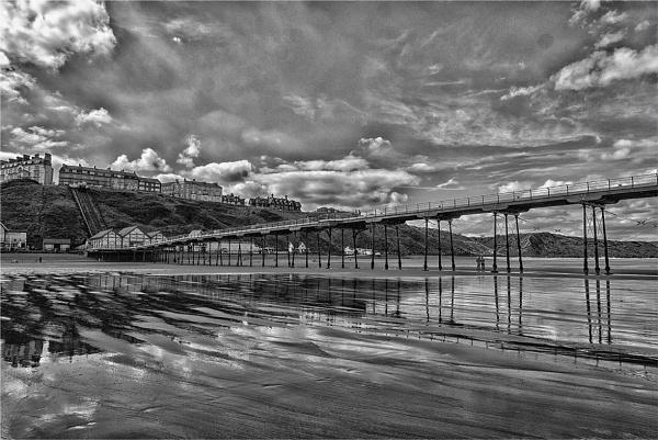 Saltburn Pier...Mono by danbrann