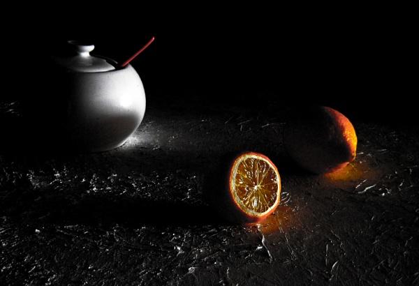 sugar and lemons by Danas