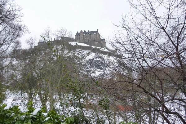 Edinburgh Castle in Spring by scotsjerry
