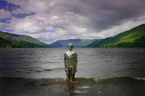 The Mirror Man by Eckyboy