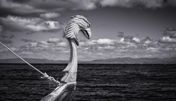 Viking Longboat by TrotterFechan