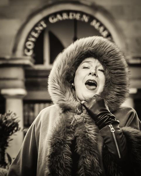 opera singer by mogobiker