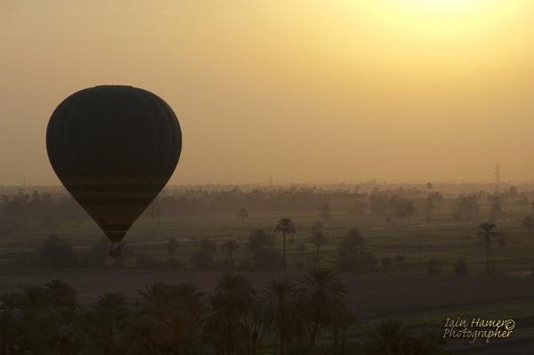 Sunrise balloon by IainHamer