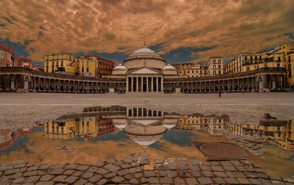 Naples Piazza del Plebiscito by nclark