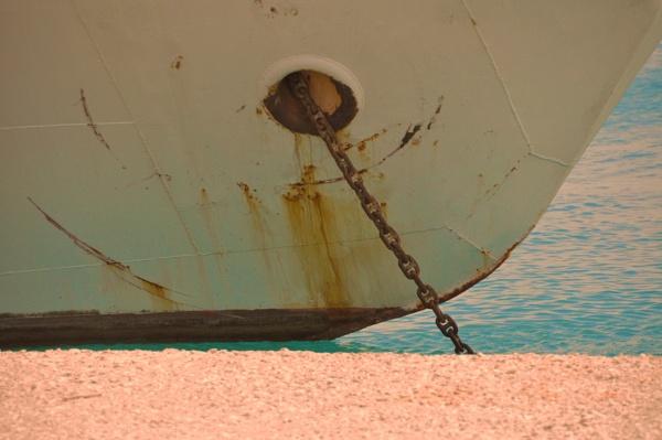 Oceanic rust... by Chinga