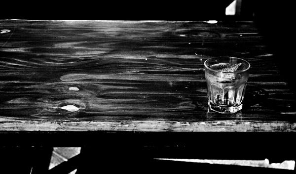 El vaso olvidado. by femape