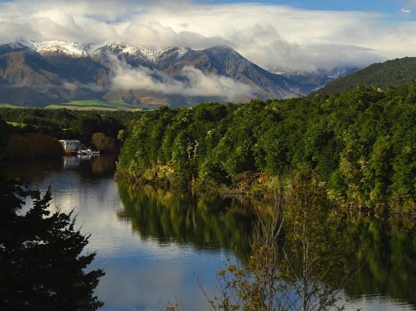 Lake Manapouri 10 by DevilsAdvocate