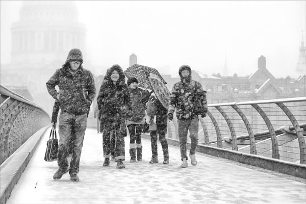 Bridge of Snow by rontear