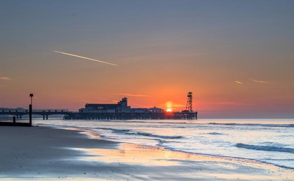 Pier Sunrise by NickLucas