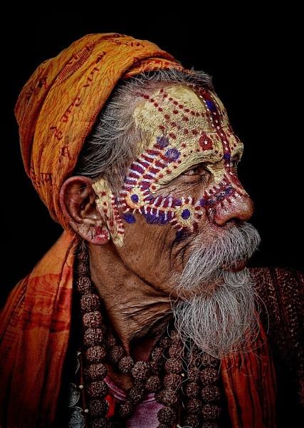 The markings of a saint, a sadhu or a salesman?.......... by sawsengee