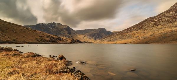 Llyn Ogwen, North Wales. by Alex64