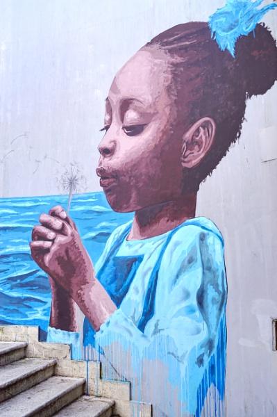 Unknown street artist by demi63