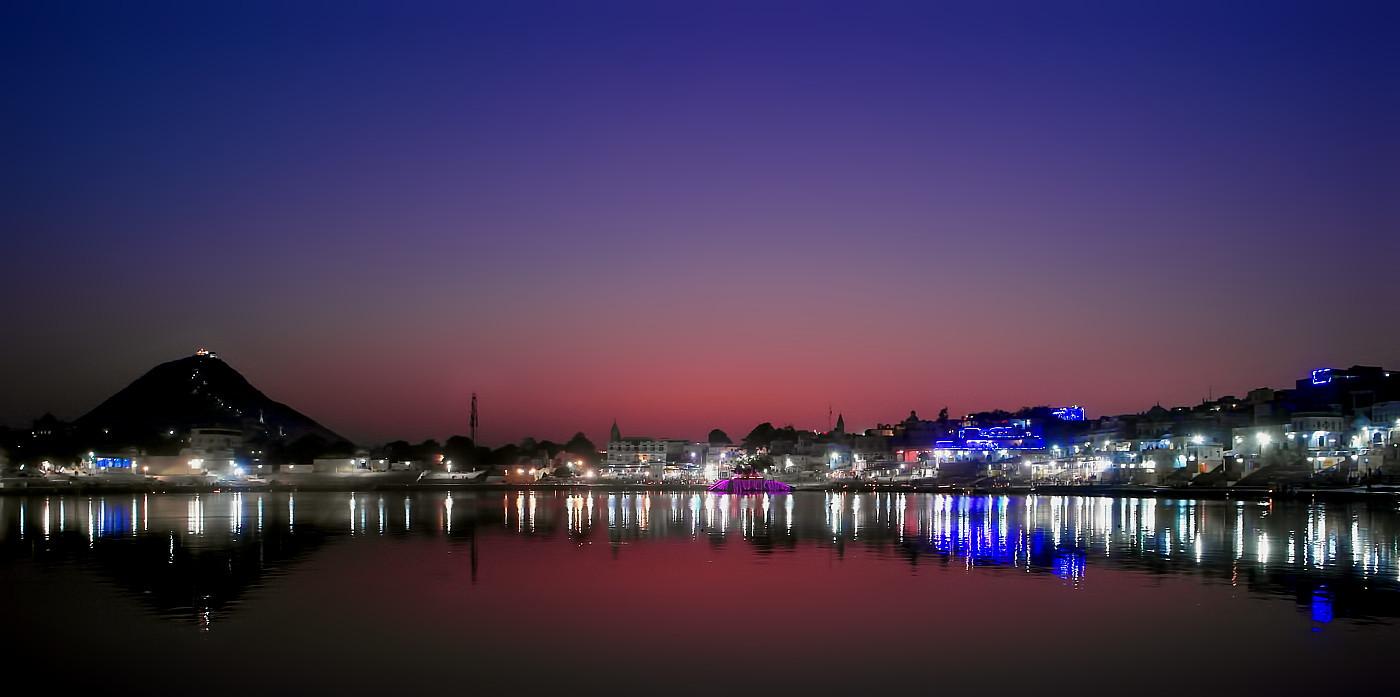 A romantic sunset at Pushkar