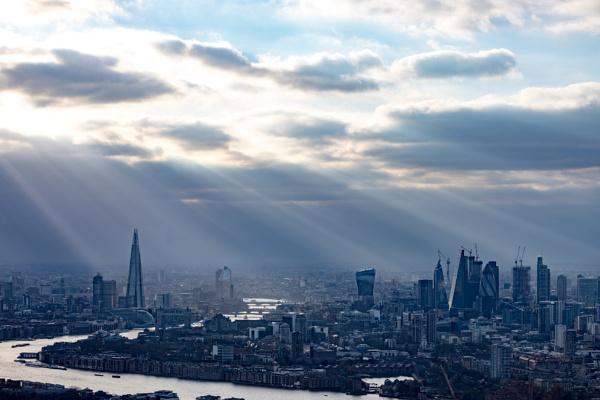 London Sunrays by LesleyJ