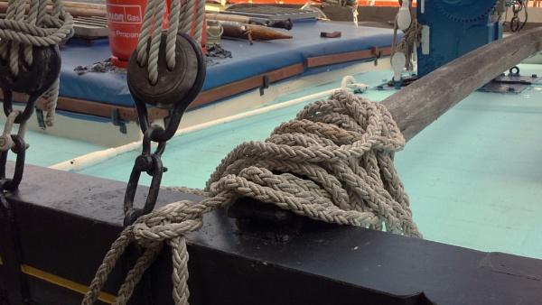 Boatabilia ropes... by Chinga