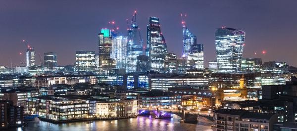 London Skyline by Les_Cornwell
