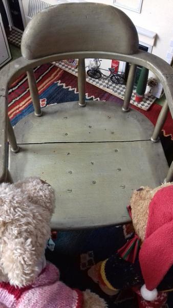 The bears chair.