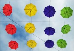More umbrella's.