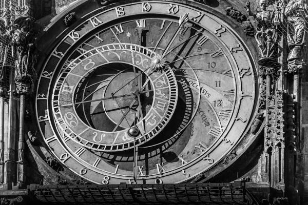 Prague Astronomical Clock by bobbyl